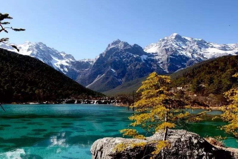 12月份适合去丽江吗?感受雪山的巍峨雄壮