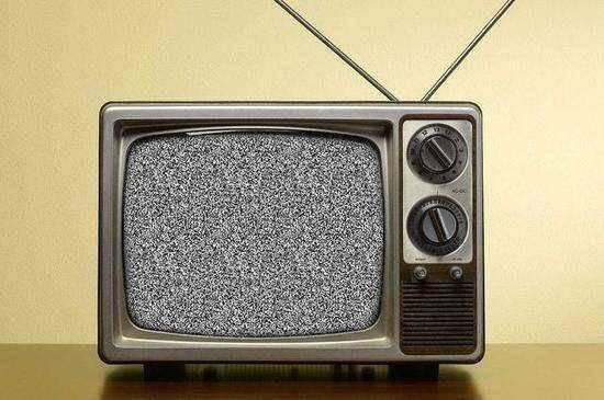 电视机有雪花怎么回事?这些原因给你答案