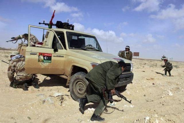 美国为什么打利比亚?自己强大才不会被欺负