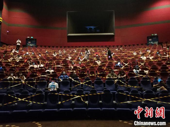 多家影视公司发布2020业绩预告:万达电影预亏超60亿